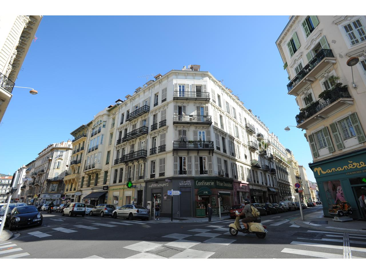 Immobilier appartement nice 3 pieces meuble a louer en for Location meuble nice centre ville