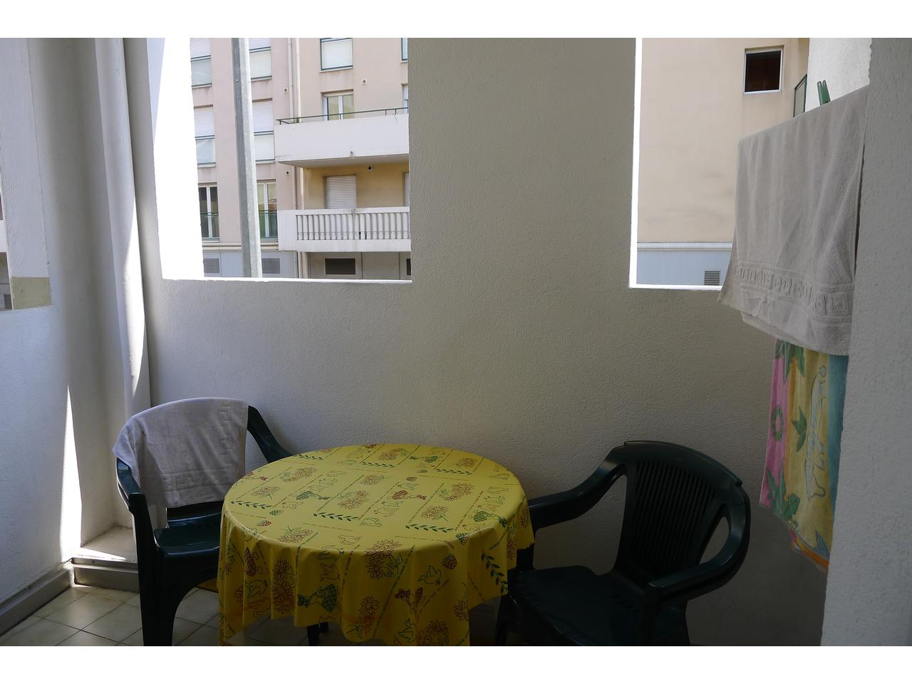 Immobilier appartement nice a louer magnan beau studio meuble for Location studio meuble nice