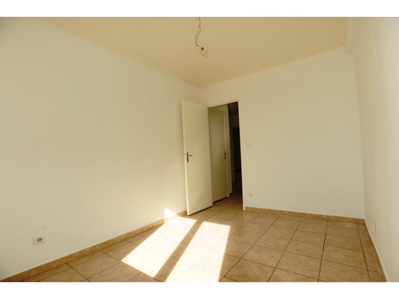 Immobilier appartement nice a louer arenas cassin for Chambre a louer nice